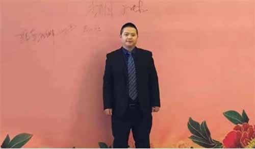 访重庆雅融文化传播有限公司总经理夏代胜